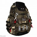 "Oakley Kitchen Sink 17"" Laptop / MacBook Pro Herb Camo Backpack / Daypack"
